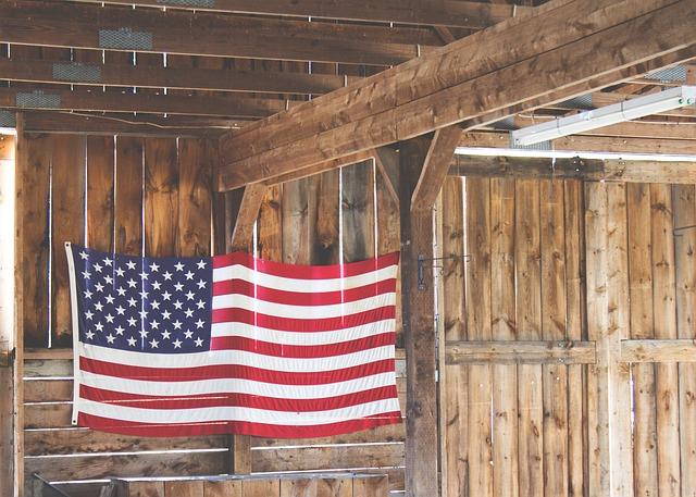 american-flag-802087_640